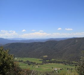 View from Powers Lookout, King Valley
