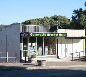 Gumeracha Gourmet Meats - Doug and Alice run a fantastic butcher shop in Gumeracha!